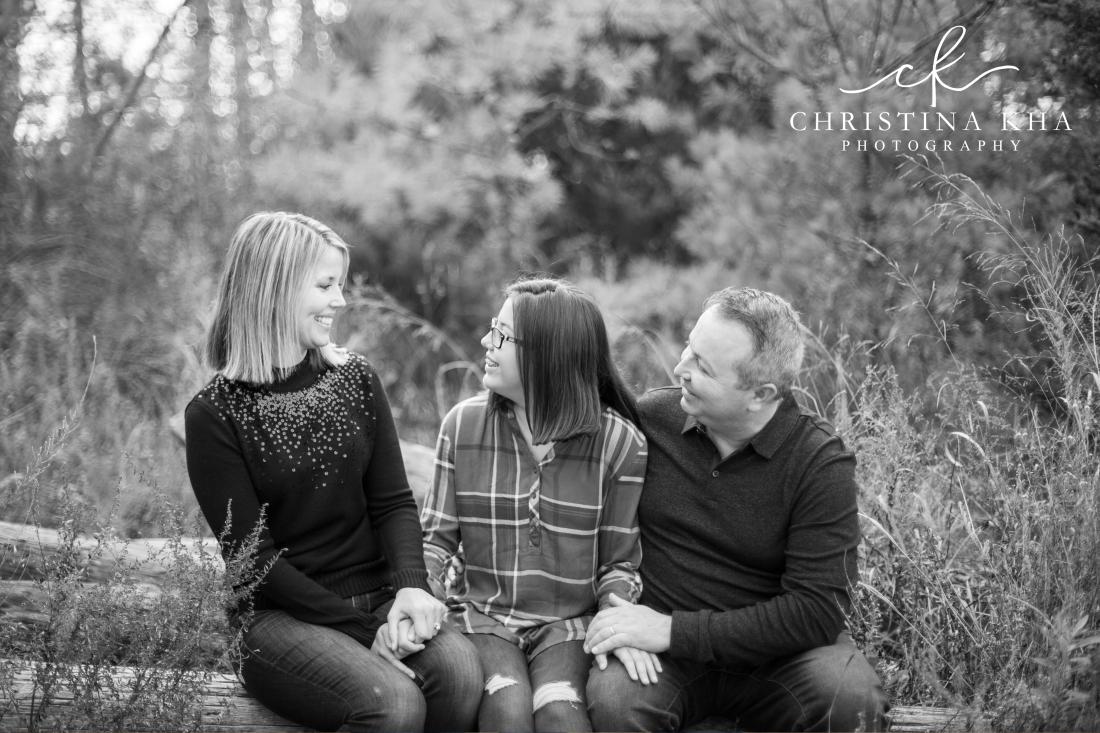 Zervas_Family_BW-6
